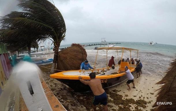 На США надвигается тропический шторм Кристобаль