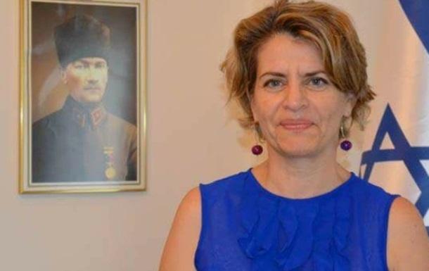 Израиль впервые утвердил женщину на пост посла в Египте − СМИ