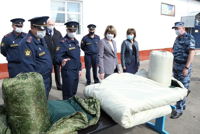 Дернова посмотрела, как живут и что едят заключенные #Новости #Общество #Омск