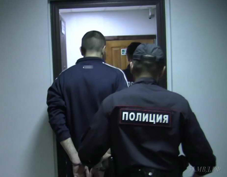 Омский пенсионер привел к себе в дом мужчину и сильно пожалел об этом #Омск #Общество #Сегодня