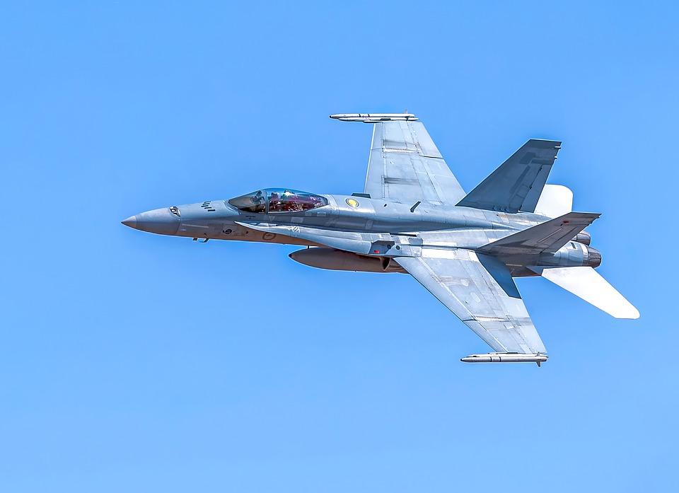 США: Пентагон хочет проверить возможности ИИ в воздушном бою против человека!
