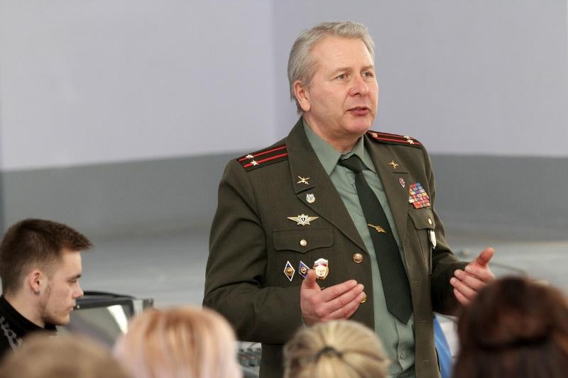 Полежаев заявил, что поправки в Конституцию давно назрели #Новости #Общество #Омск