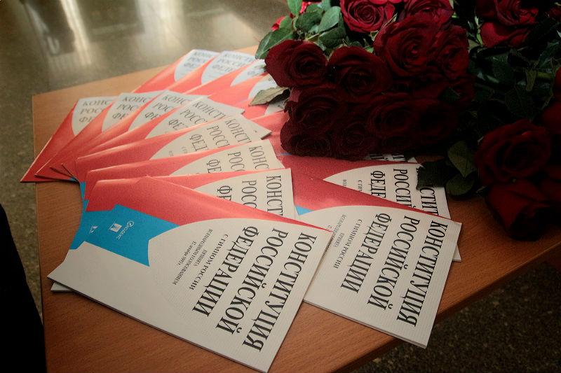 В Омской области началось голосование по поправкам в Конституцию #Омск #Общество #Сегодня
