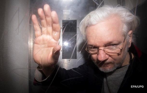 По делу Ассанжа вынесли новое обвинительное заключение