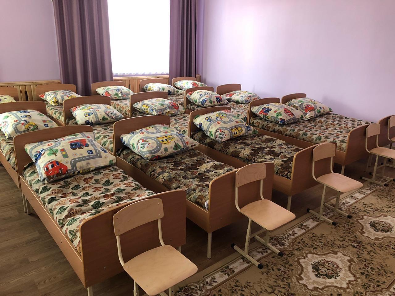 Бурков с Фадиной открыли садик, где будут кормить безлактозной пищей #Новости #Общество #Омск