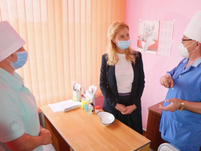 Солдатова решила не уничтожать все лаборатории в Омской области #Новости #Общество #Омск