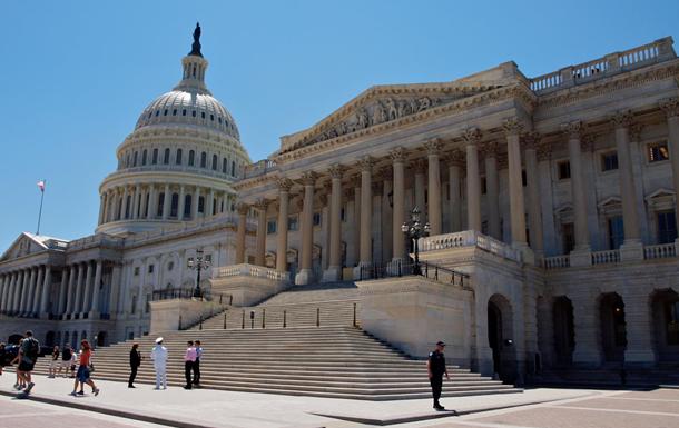 Конгресс США поддержал санкции против Китая за Гонконг