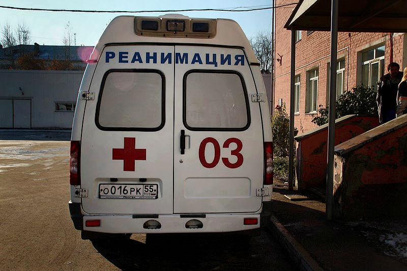 Омичка вонзила нож в живот другу семьи, пока спал ее муж #Омск #Общество #Сегодня