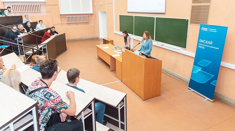 Окончивших целевое обучение выпускников ОмГТУ трудоустроят на Омском НПЗ