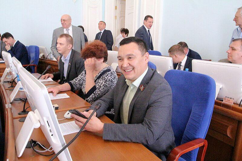 В Омской области возбудили уголовное дело в отношении депутата Заксобрания #Новости #Общество #Омск