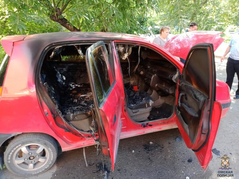 Омич из мести сжег машину нового мужа бывшей жены #Омск #Общество #Сегодня