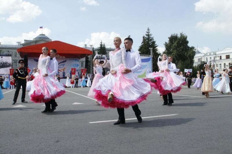 Главный по культуре Омска будет получать 62 тысячи в месяц