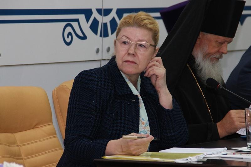 У сенатора Мизулиной не нашли гражданства Бельгии #Омск #Общество #Сегодня
