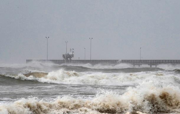 Ураган Ханна обрушился на Техас