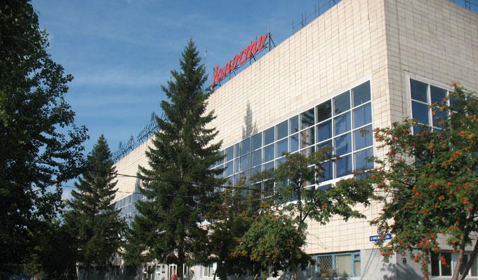 Экс-сотрудника омского спорткомплекса «Юность» осудили за смерть рабочего #Омск #Общество #Сегодня
