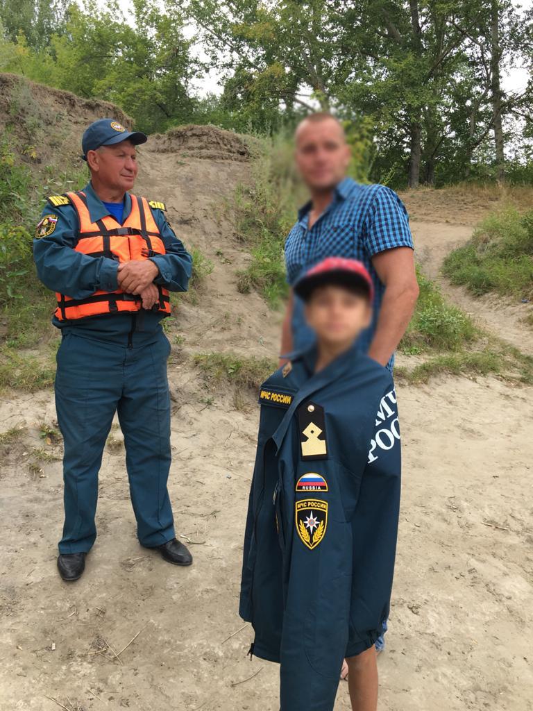 Омич с 9-летним сыном едва не утонули, переплывая протоку Иртыша #Омск #Общество #Сегодня