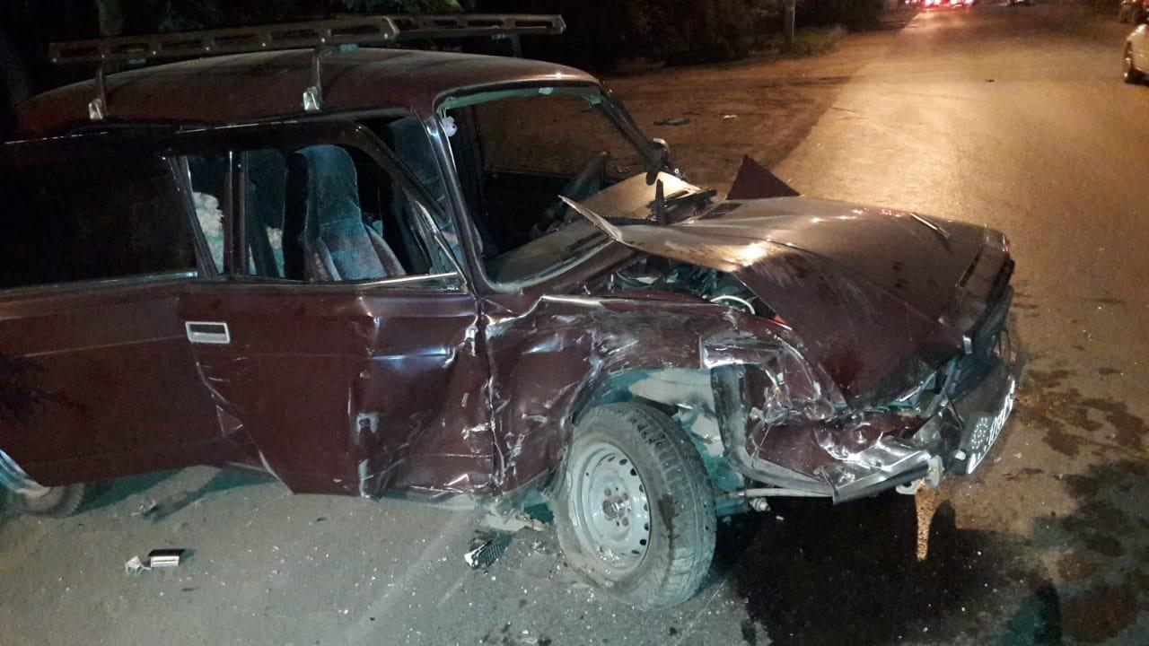 В ДТП на омском перекрестке пострадали 5 человек, в том числе ребенок #Новости #Общество #Омск