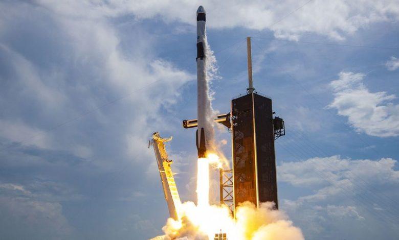 SpaceX запускает новые спутники Starlink (и бьет новый рекорд)