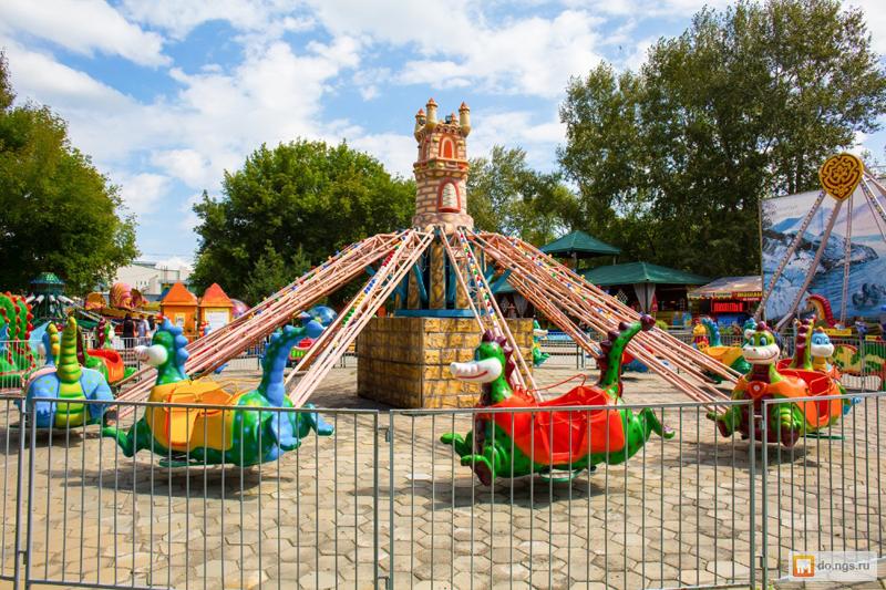 В омских парках откроют уличные аттракционы, но не батуты #Новости #Общество #Омск