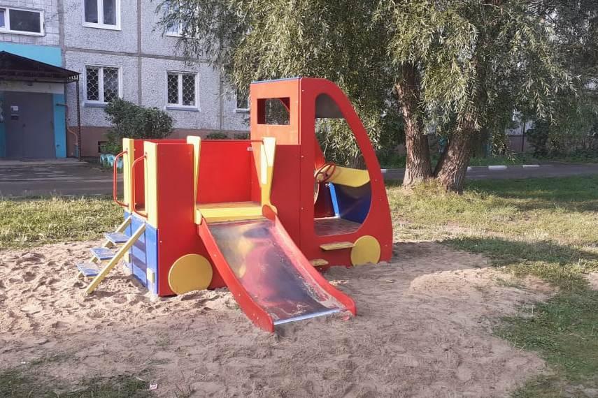К обустройству детских площадок приложили руку омские заключенные #Новости #Общество #Омск