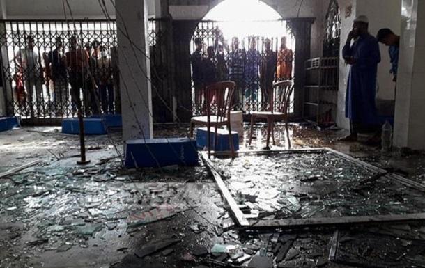 В Бангладеш взорвались кондиционеры в мечети: 12 погибших