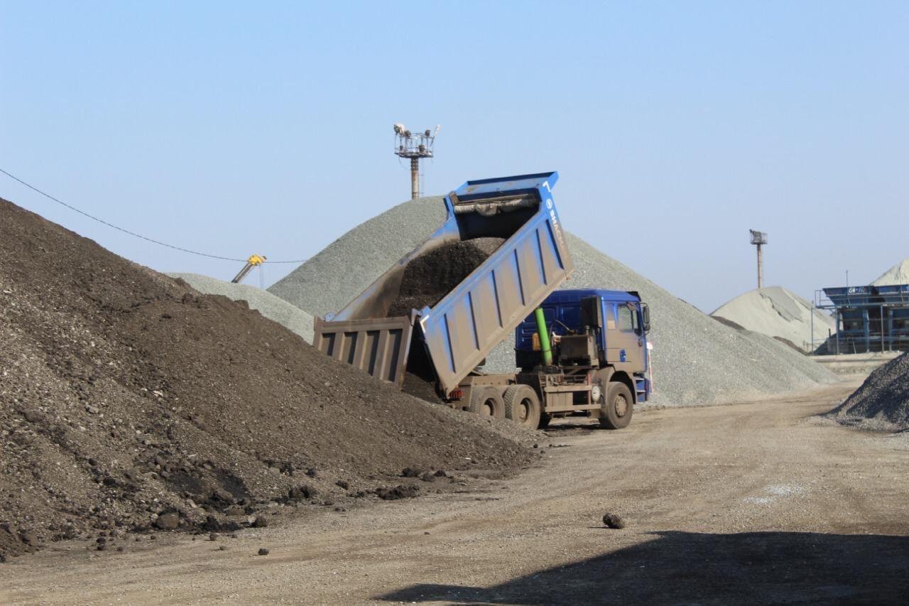 Омич умудрился украсть 117 тонн гранулята #Омск #Общество #Сегодня