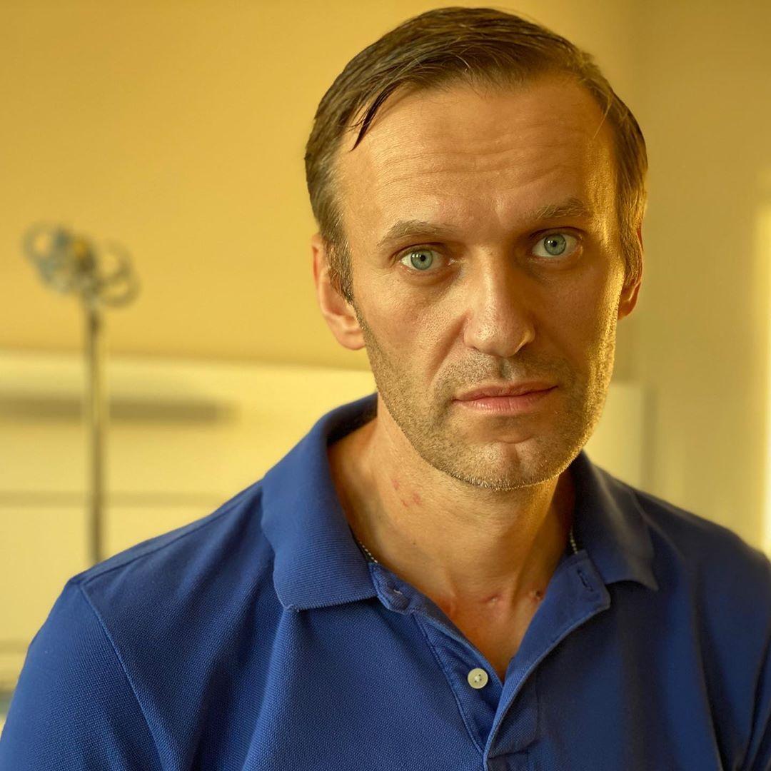 «Оказаться в омском морге»: Навальный прокомментировал «планы на отравление» #Омск #Общество #Сегодня
