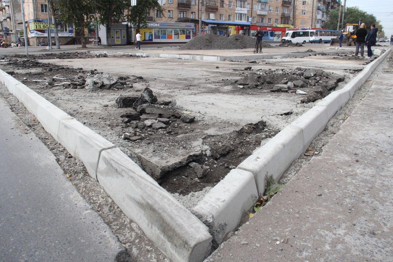 В Омске у бывшего Советского исполкома участились ДТП #Омск #Общество #Сегодня