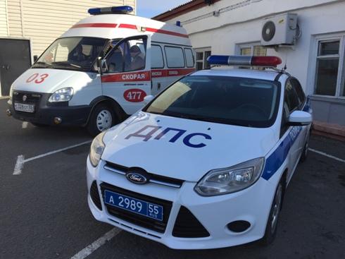 В столкновении двух «тойот» на омском перекрестке пострадала девочка #Омск #Общество #Сегодня
