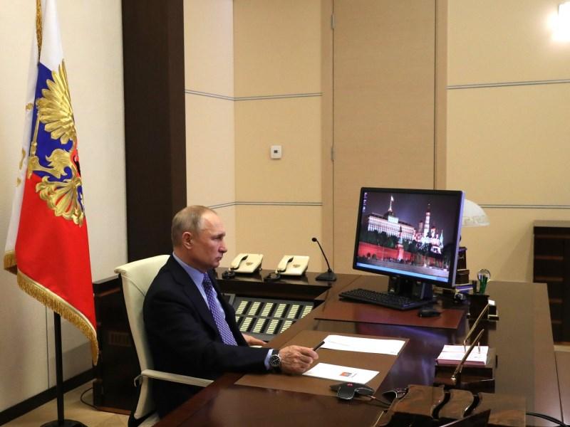 Путину доложили о «забастовке» скорых в Омске #Новости #Общество #Омск