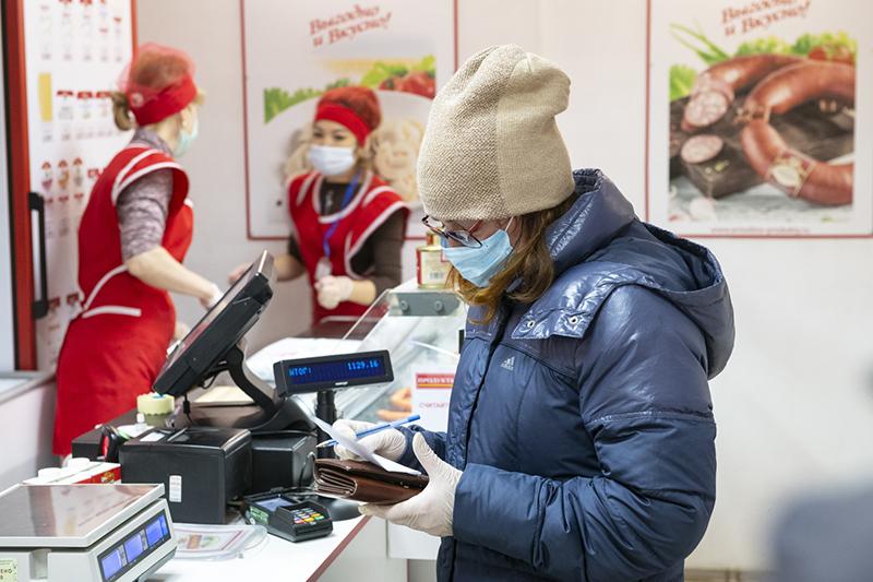 В пандемию омичи чаще стали обращаться за помощью соцработников #Новости #Общество #Омск