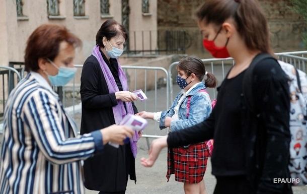 В Грузии впервые выявили более 2 тысяч заражений COVID за день