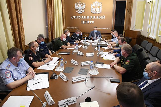 Буркову разрешили вводить дополнительные ограничения из-за COVID-19 #Омск #Общество #Сегодня