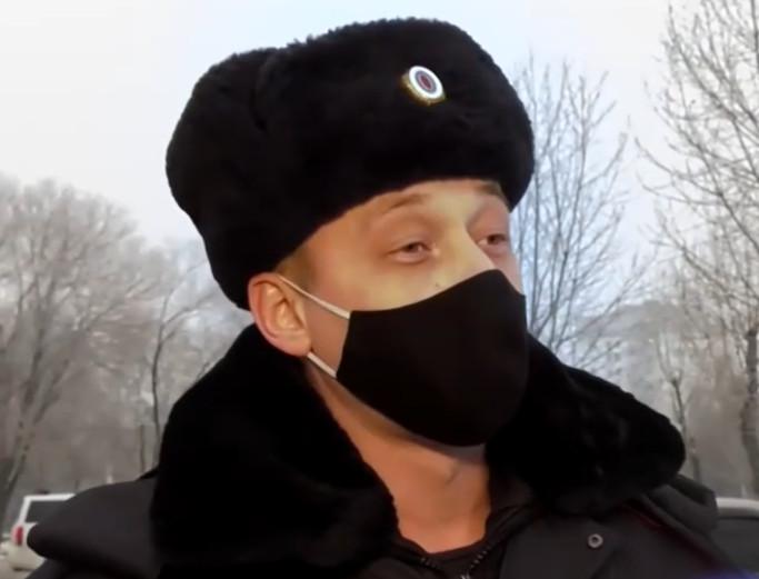 Сотрудник ППС в свой выходной задержал в Омске подозрительного красноярца #Омск #Общество #Сегодня