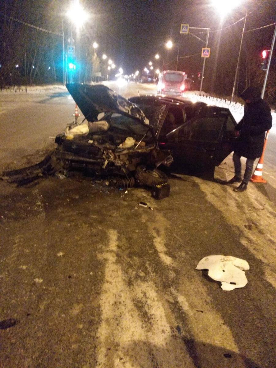 В ДТП на омской трассе пострадали две девочки-подростка #Омск #Общество #Сегодня