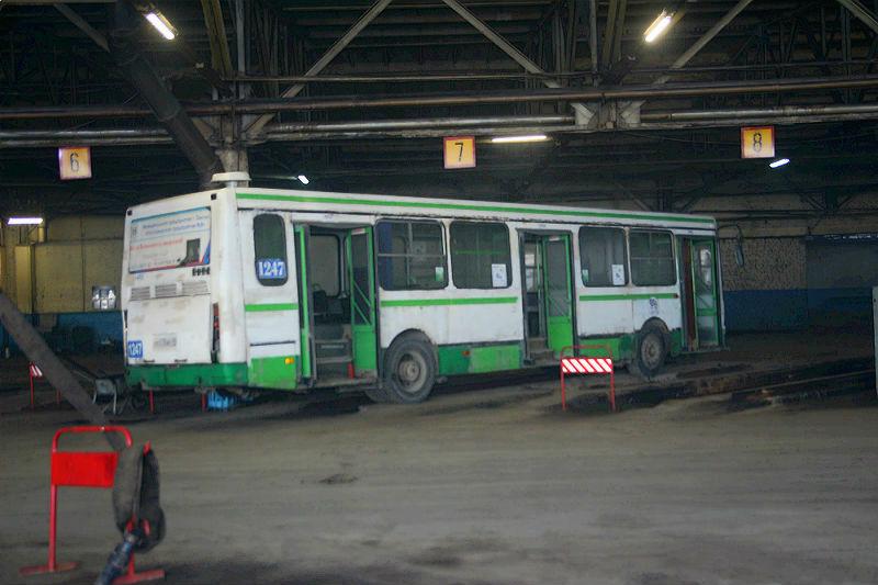 В Омске рано утром сломался обогрев у автобуса с 50 пассажирами внутри #Новости #Общество #Омск