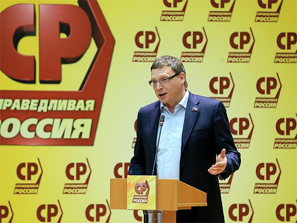 На выборы в омское Заксобрание «эсеров» поведет не Бурков #Новости #Общество #Омск