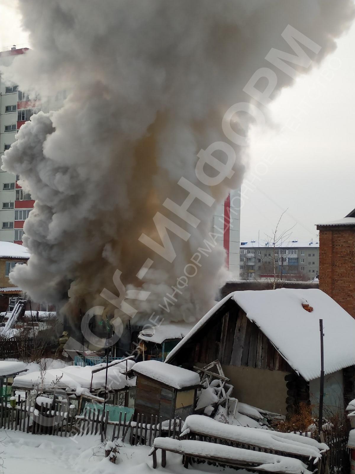 На пожаре в Омске заживо сгорел пенсионер #Новости #Общество #Омск
