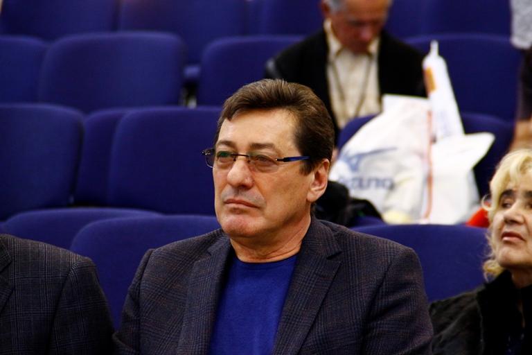 Экс-министра спорта Омской области Шелпакова арестовали по делу о мошенничестве #Омск #Общество #Сегодня