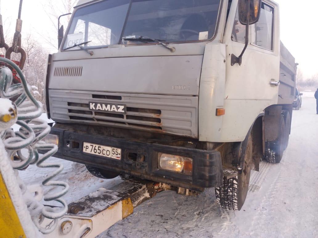 По Омску ловили водителей грузовиков, нарушающих ПДД #Омск #Общество #Сегодня