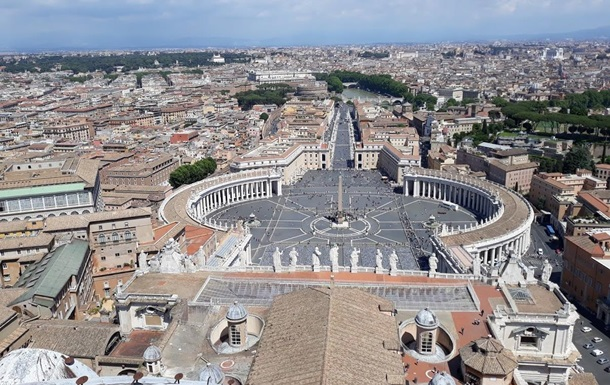 В Ватикане предупредили сотрудников об увольнении за отказ вакцинироваться