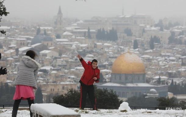 Иерусалим засыпало снегом ᐉ фото и ивдео