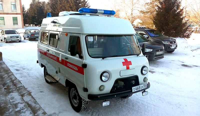 Житель Омской области оказался в больнице после прилетевшей в глаз ложки #Новости #Общество #Омск