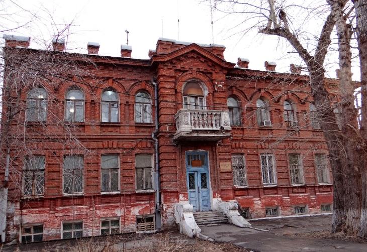 У омской стоматологии отсудили здание-памятник