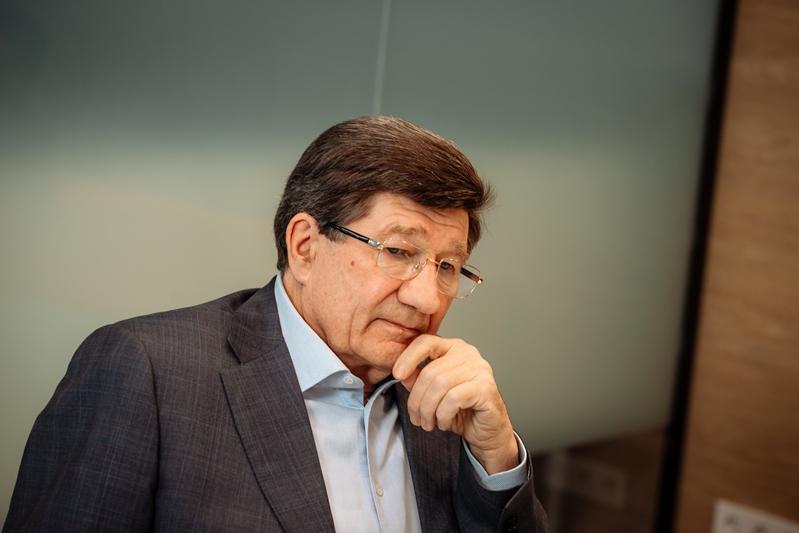 «Паровоз без угля»: экс-мэр Омска оценил «думские» планы Фадиной #Омск #Общество #Сегодня