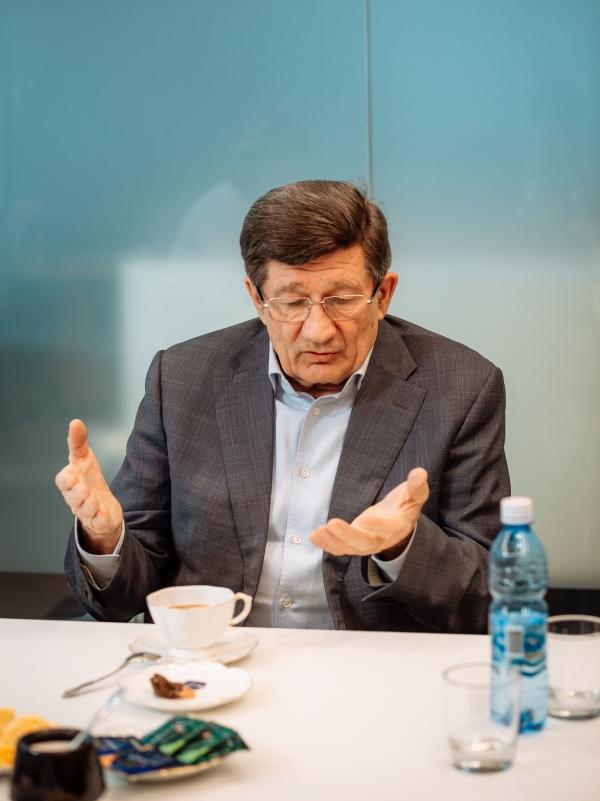 Двораковский подробно рассказал об информационной войне с Назаровым #Новости #Общество #Омск