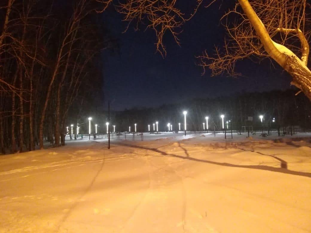 В Омске исчез свет в благоустроенном сквере #Омск #Общество #Сегодня