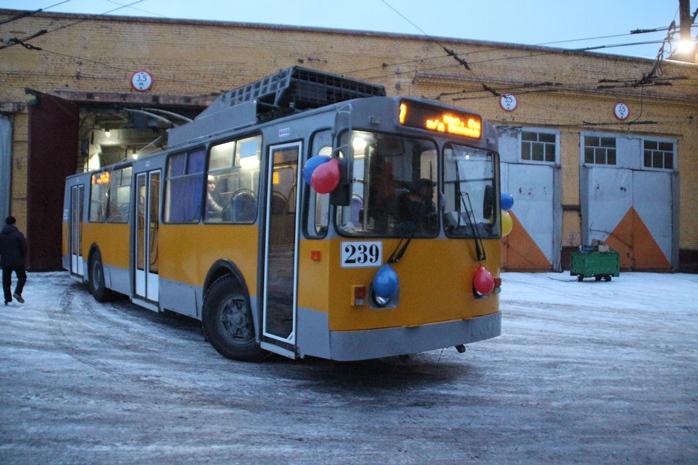 В Омске подсчитали износ транспорта после закупки новых автобусов и трамваев #Омск #Общество #Сегодня