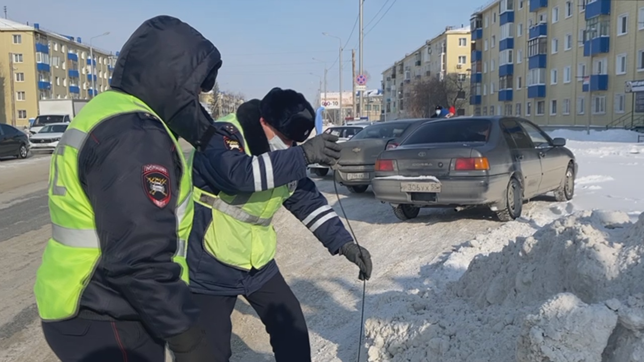 Омских дорожников грозятся оштрафовать за плохую уборку снега #Новости #Общество #Омск
