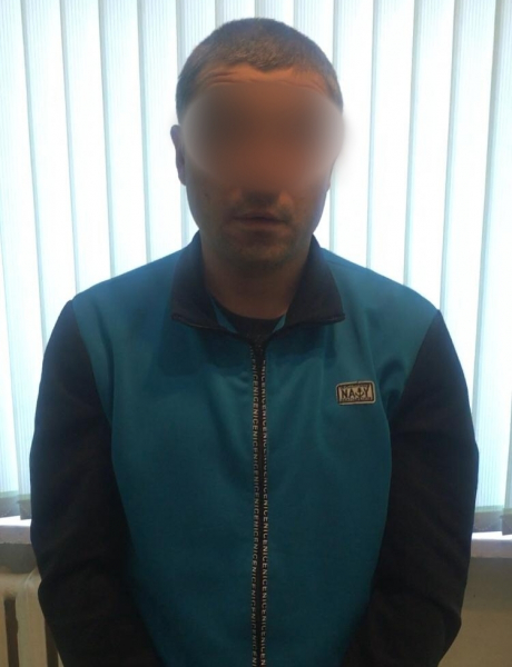 Омич провел ночь с двумя мужчинами, а утром лишился всего #Омск #Общество #Сегодня